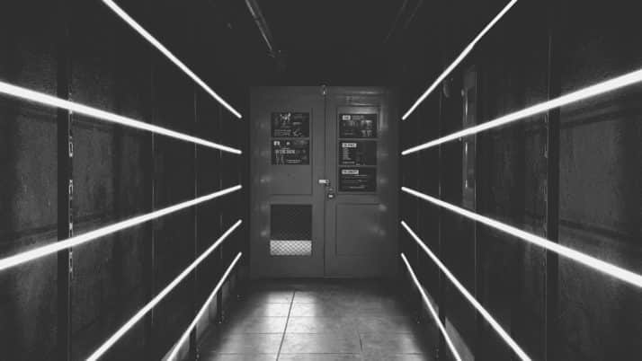 Les nouvelles techniques de serrurerie pour débloquer une porte claquée