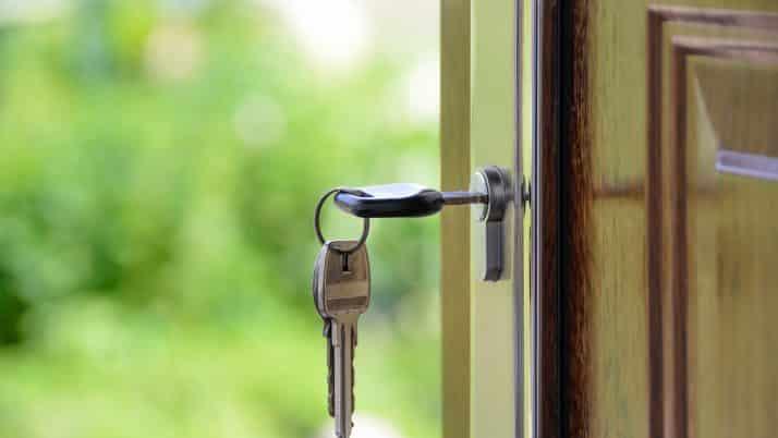 Comment un serrurier ouvre votre porte à Lyon ?